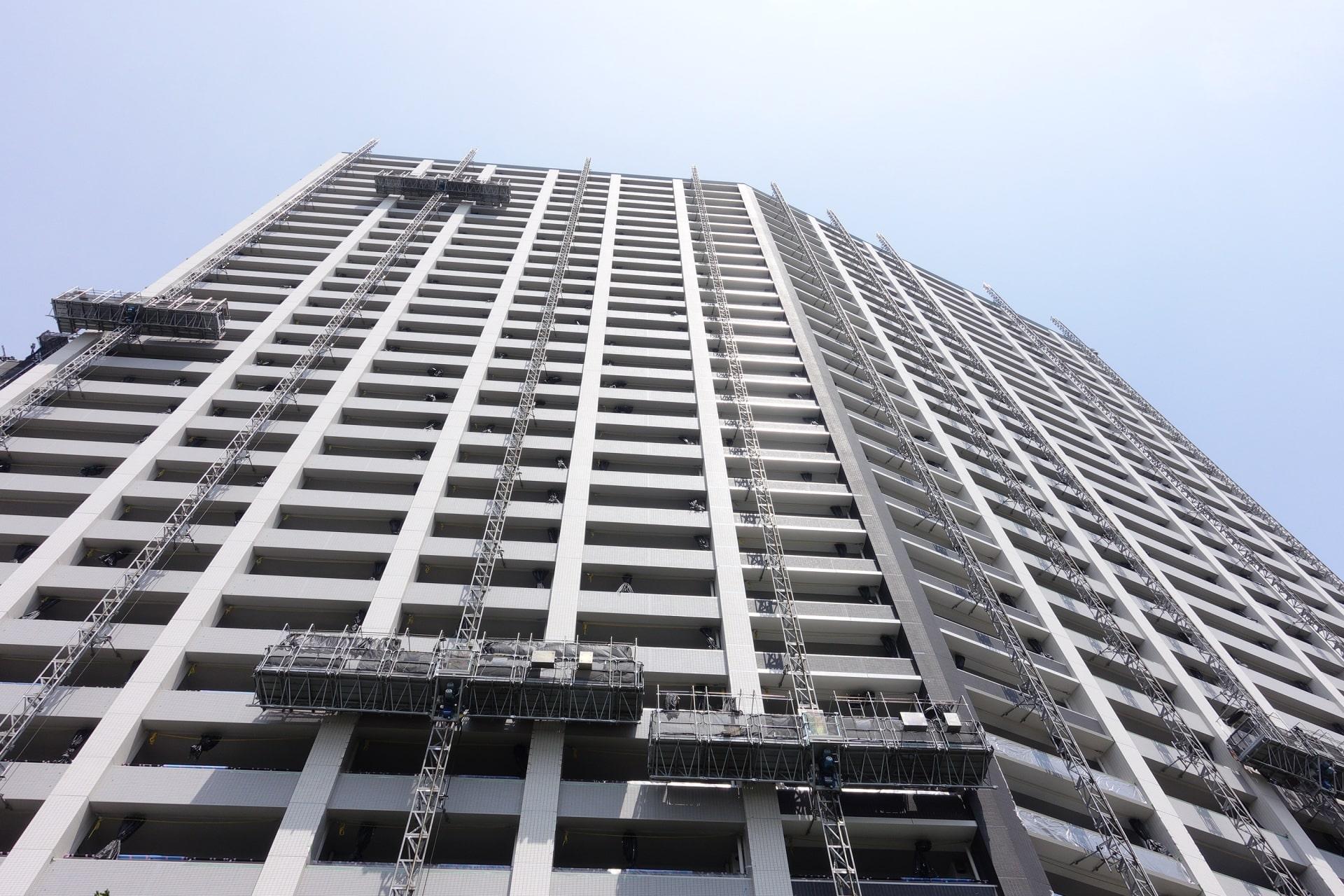 大規模修繕工事の周期伸長に向けたタワーマンションの取り組み