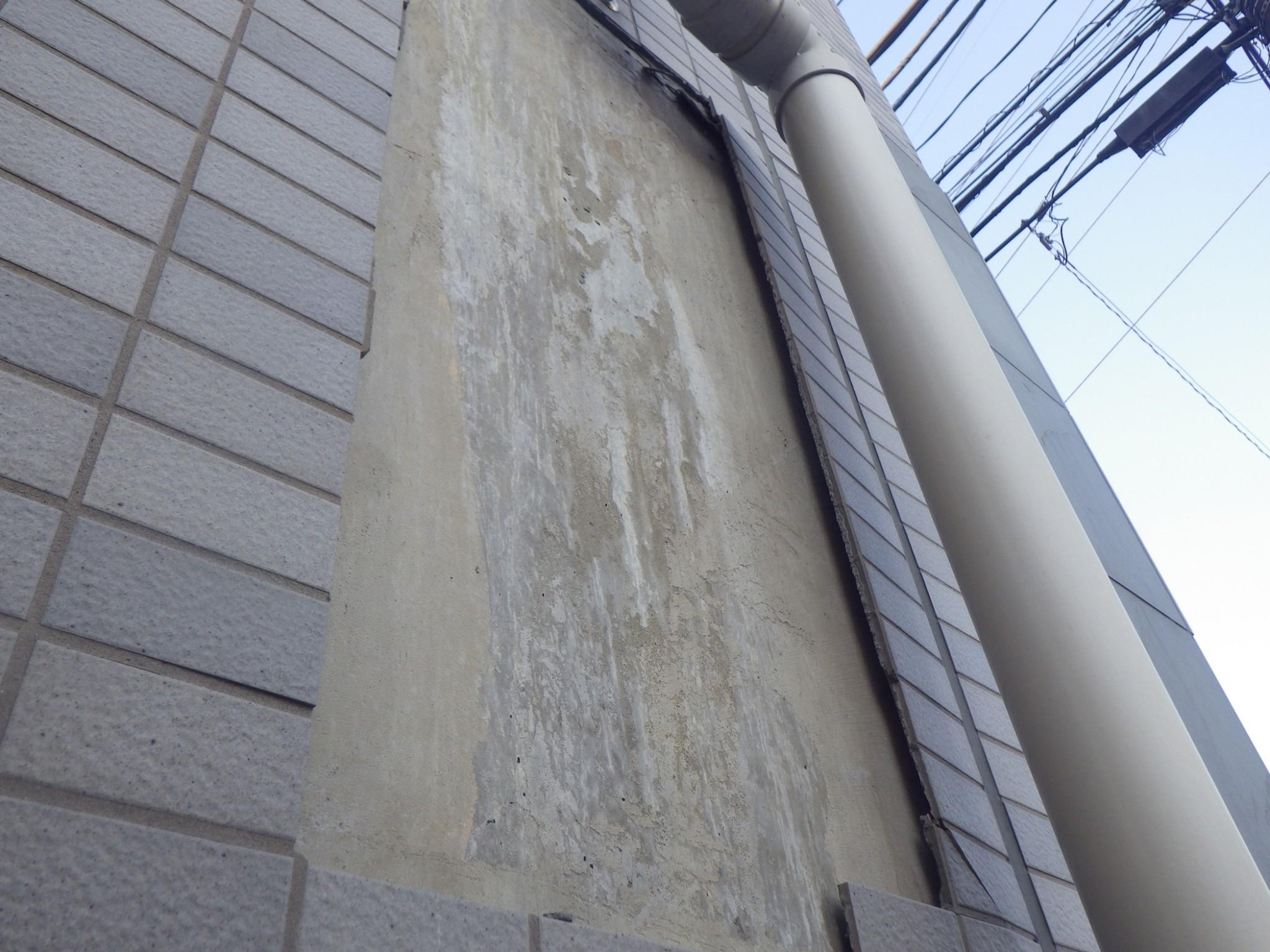 地震で外壁タイルが剥落!その時、組合がとるべき対処法