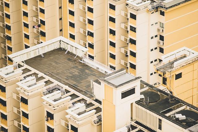 台風シーズン到来!マンションの屋上防水、プロはここを見る