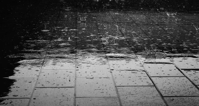 ゲリラ豪雨・台風への備えでマンション管理会社レベルをチェック!