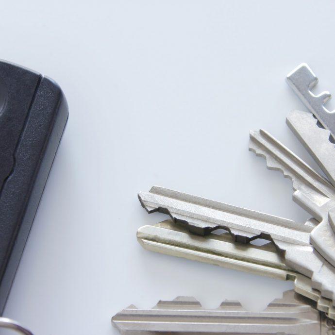 マンションのドアの鍵、交換するならここに注意